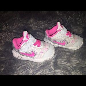 Infant Nike shoes size 2
